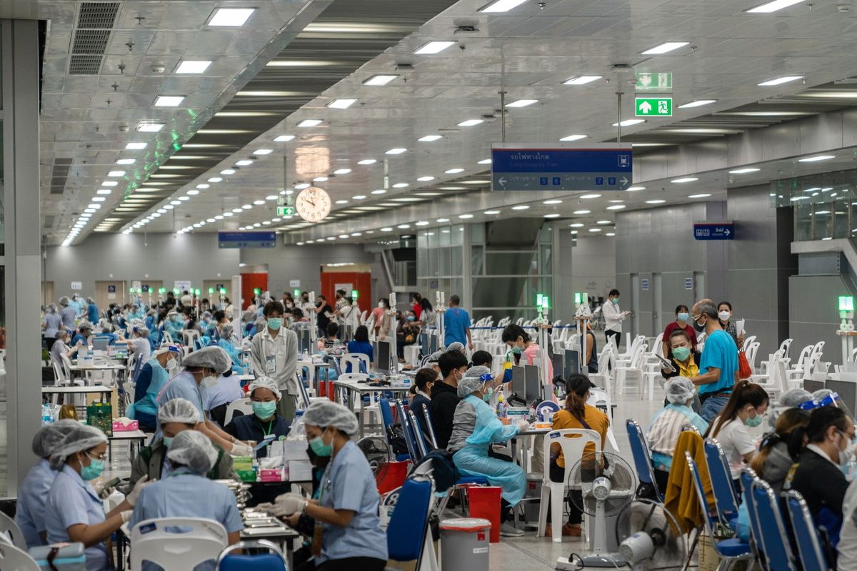 Astra Mulls Vaccine Imports to Southeast Asia as Thai Supply Hit