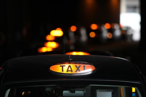 London Cabs' VIP-Lane Protest to Snarl Roads for Olympic Opening