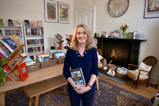 As the Economy Tanked, Brits Opened Bookstores
