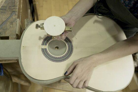 How to Make a Flamenco Guitar