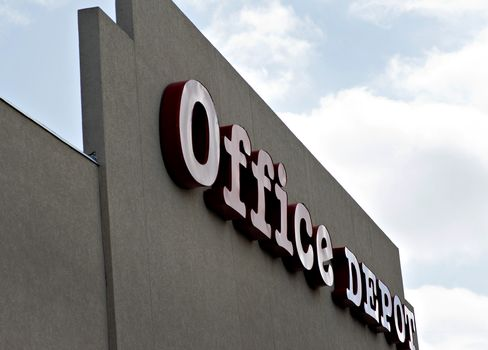 Gigante Said to Obtain BBVA Loan for Office Depot Unit Deal