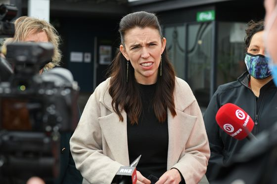 New Zealand Extends Auckland Lockdown as It Rushes Vaccinations
