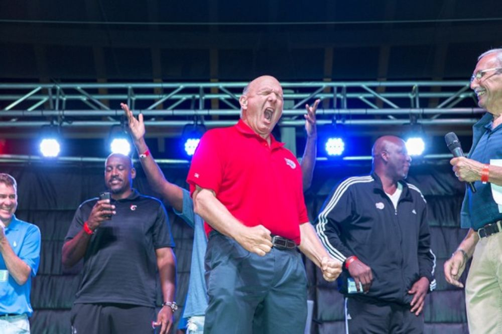 Steve Ballmer s New Life as Owner of NBA s Most Expensive Team ... b18482bfa