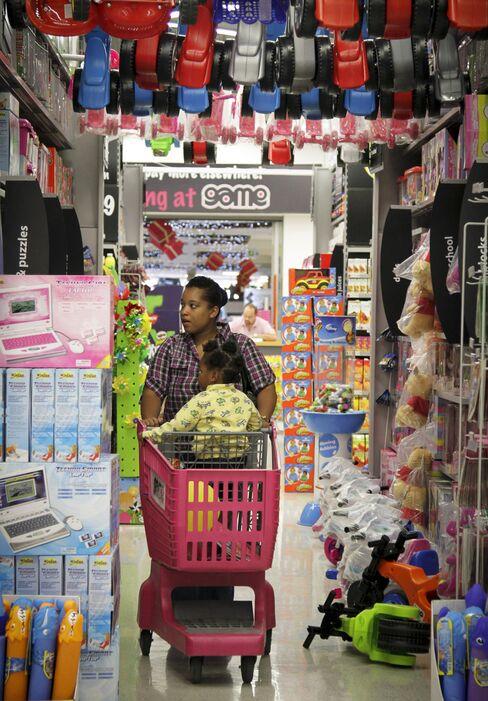KFC Bet on Africa Middle Class Draws Wal-Mart Seeking Customers