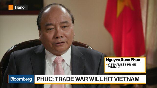 Vietnam's Premier Seeks 'New Ways' to Survive U.S.-China Trade War