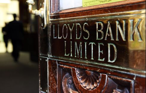 Europe Banks Sell Once-Toxic Debt for Subprime Return