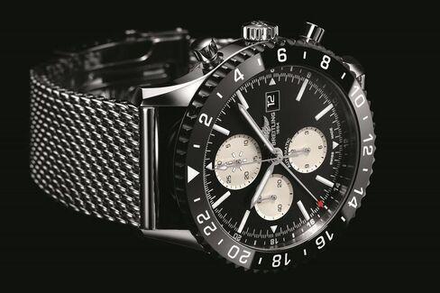 The Chronoliner recalls the best of vintage Breitling chronographs.