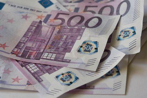 500 Euro banknotes.