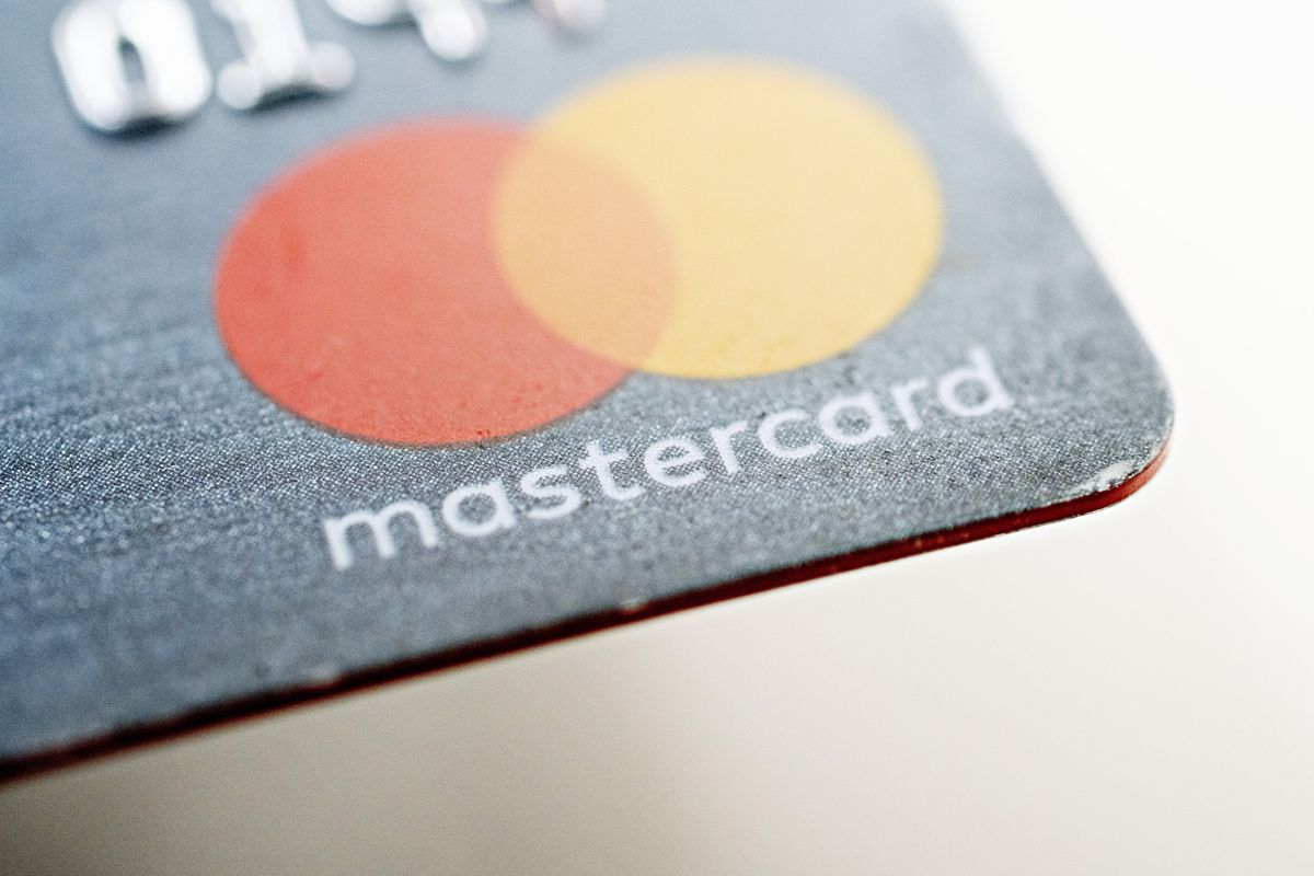 Mastercard Sees Other Banks Ditching Credit Card Numbers Like Apple Did