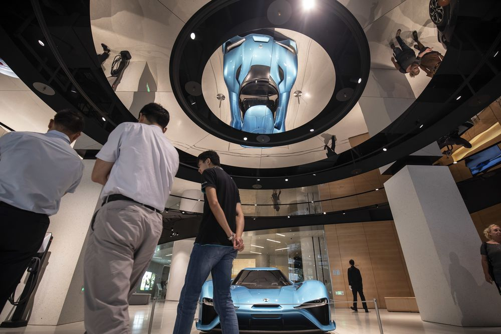 Inside Chinese Electric Car Maker Nio Inc S Shanghai Showroom