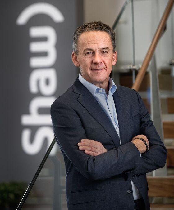 Rogers' $16 Billion Bid for Shaw Jolts Canada Wireless Sector