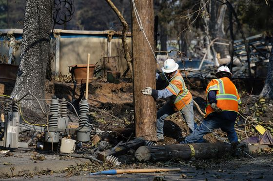 California Utility Cuts Power to 60,000 in Proactive Move to Prevent Wildfires