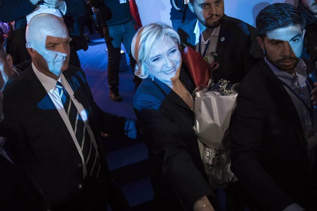Le Pen Camp Attacks Front-Runner Macron as Oligarchs' Candidate