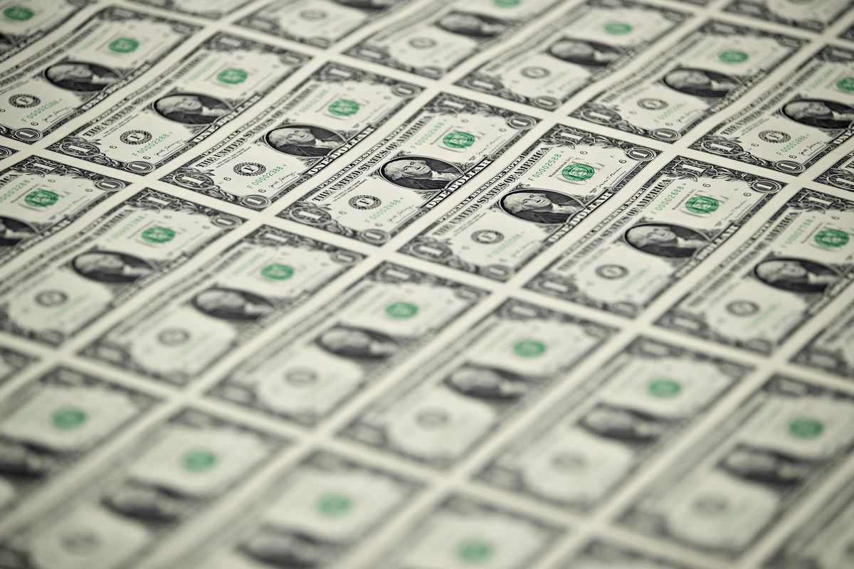 Traders See No End to the Dollar's Pain in 2018