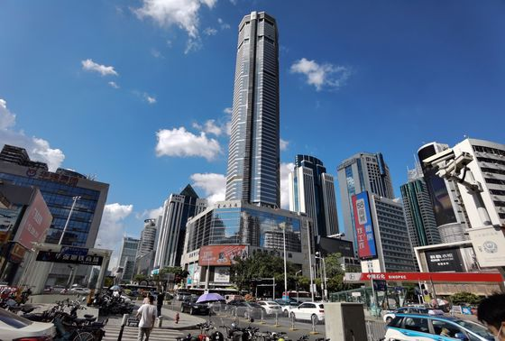 Shenzhen Skyscraper Closes as Officials Try to Figure Out Shaking