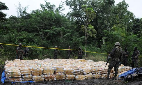 Honduras Seizes Record 15 Tons of Drugs in Underground Hideout