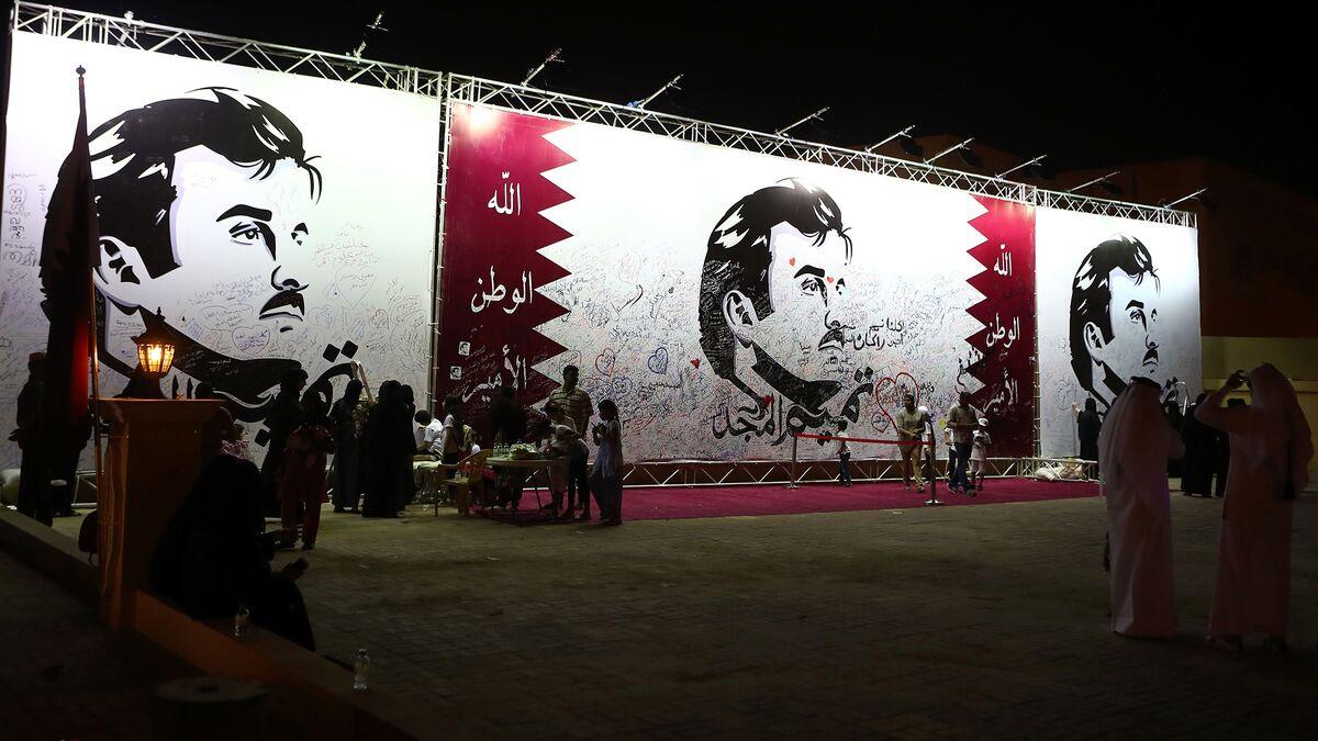 Boycotted Qatar's Emir to Join Gulf Summit in Kuwait This Week