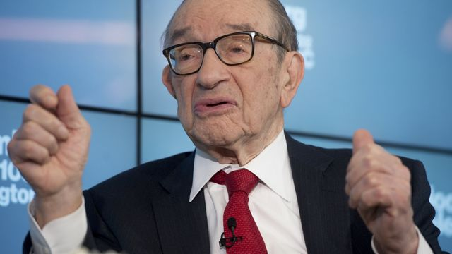 Greenspan Sees No Stock Excess, Warns of Bond Market Bubble