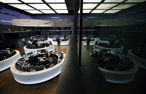 European Stocks Fall With S&P 500 Futures