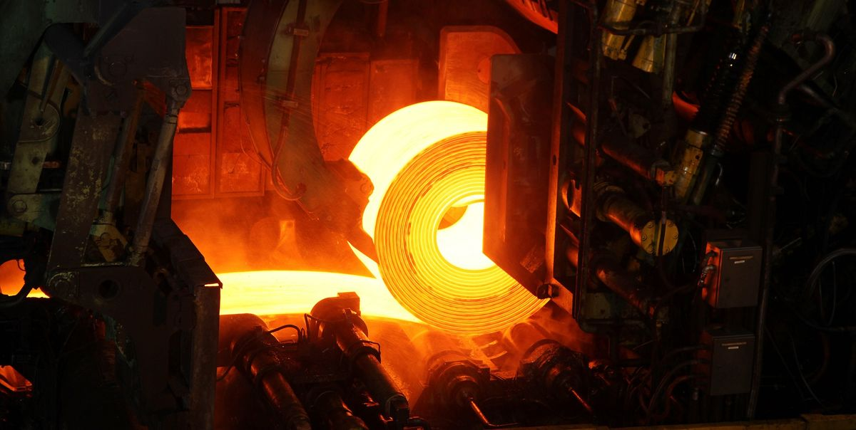 Steelmaker Stocks Fall as Key Product Price Continues Declining