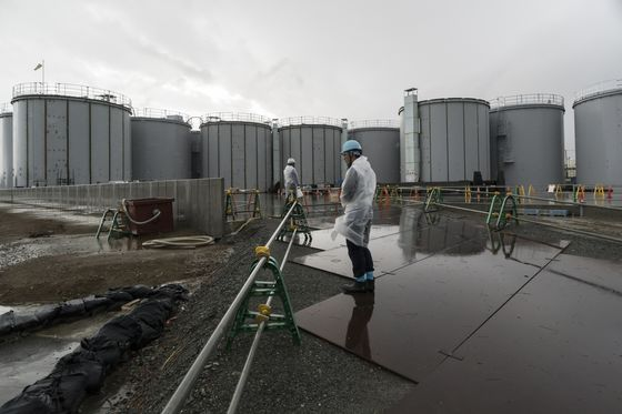 Fukushima Water Should Be Released Into Sea or Evaporated, Panel Says