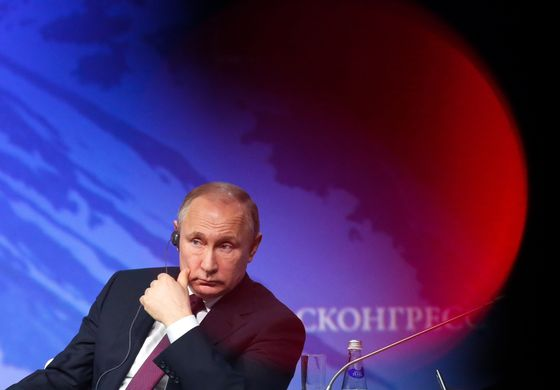 Putin Keeps Options Open on Possible Extension of OPEC+ Oil Cuts