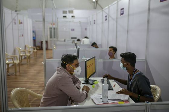 Massive Vaccine Drive Starts in India Despite Safety Doubts