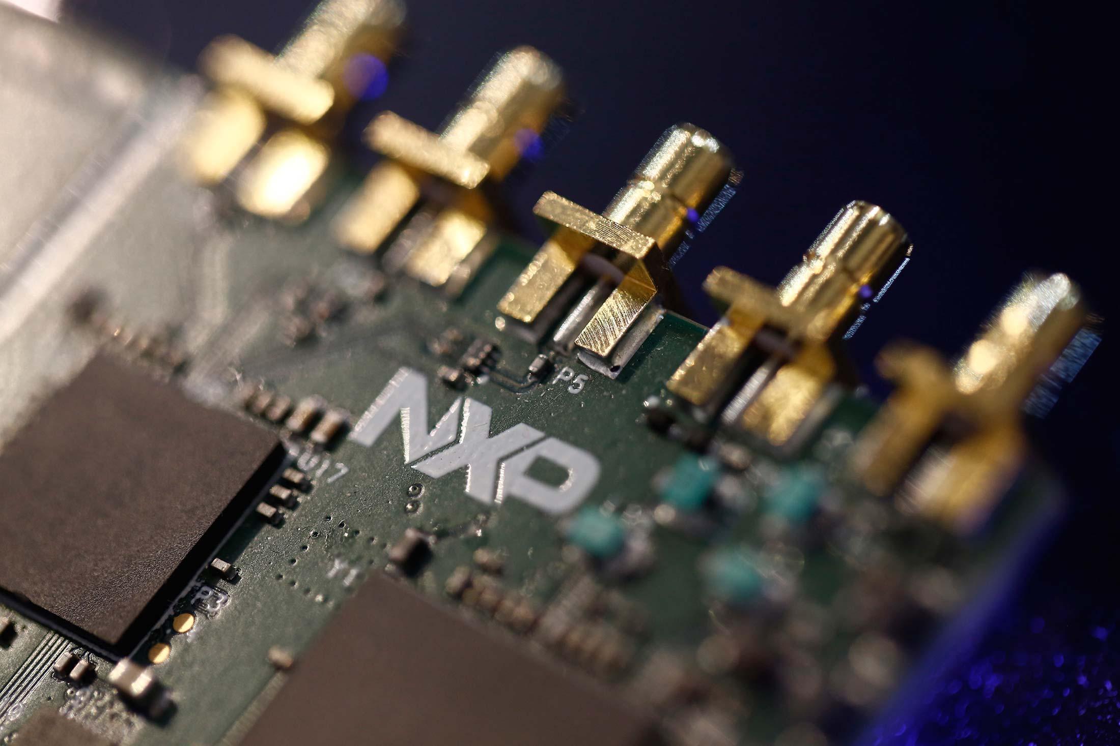 Nxpi Stock Quote Alluring Nxpinasdaq Gs Stock Quote  Nxp Semiconductors Nv  Bloomberg Markets