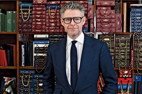 Savile Row Tailor Recreates James Bond's First Suits