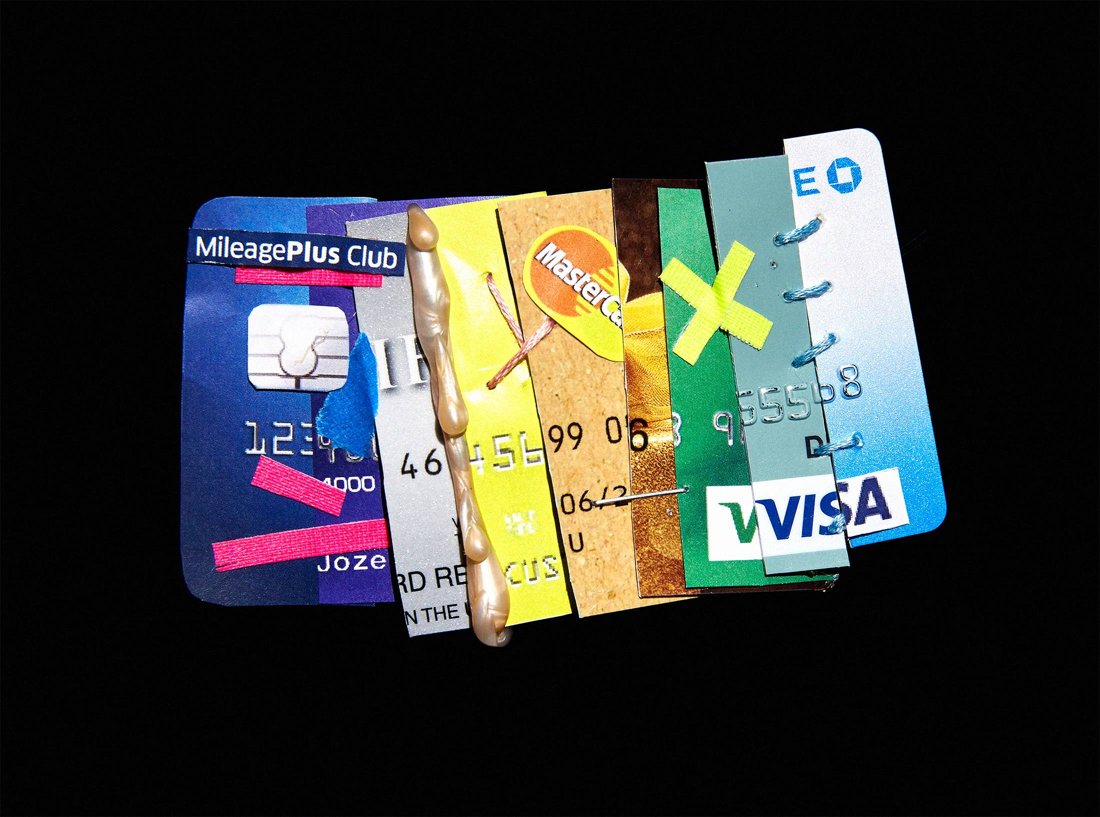 Scammers are constructing fake people to get real credit cards scammers are constructing fake people to get real credit cards bloomberg reheart Gallery
