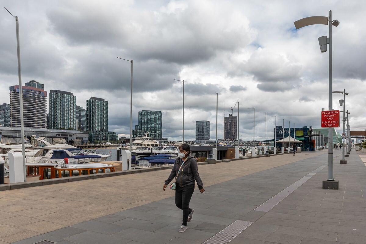 Bungled Hotel Quarantine Call Wasn't Mine, Victoria Premier Says