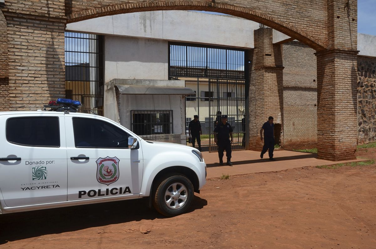 Violent Brazilian Gang Escapes From Paraguay Jail Through Tunnel