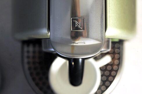 Nestle to Battle Starbucks in Chinese Premium Coffee Market