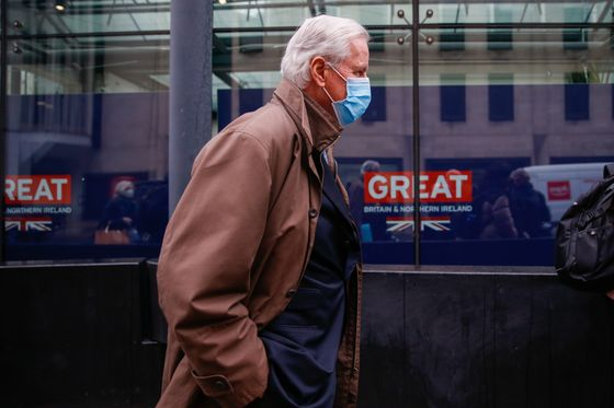 British Cry Foul as Brexit Negotiations Hit French Obstacle