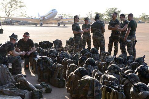 French Strikes on Mali Islamists Threaten Revenge Attacks