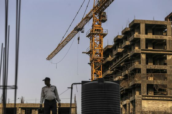 Homeowners in India Roll Up Sleeves to Complete Unfinished Flats