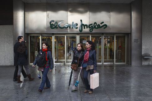 Spain Pain Seen Intensifying as Slump Deepens Deficit Plight