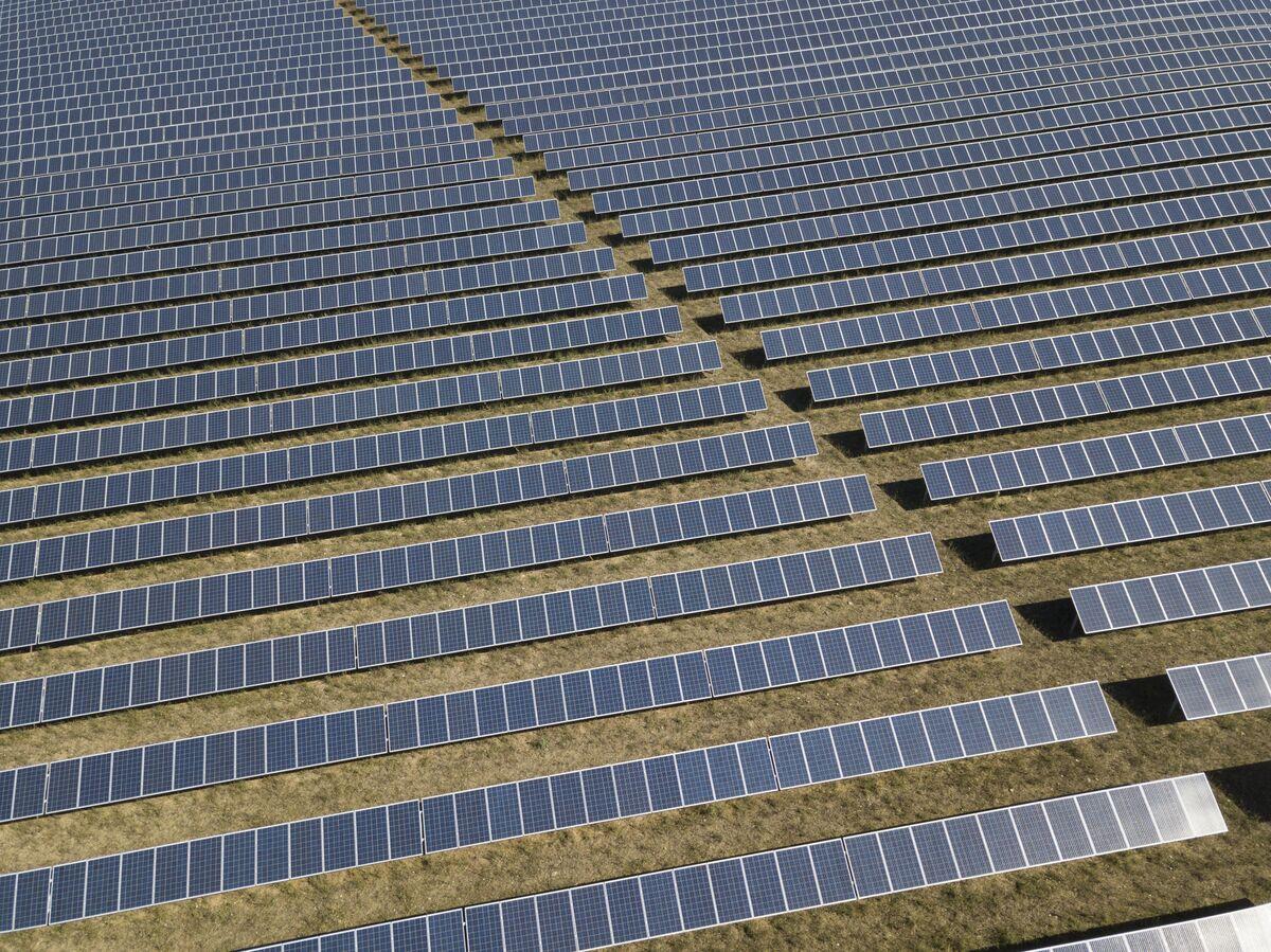 EU Split Over Nuclear Power Blocks Bid for Green Finance Deal