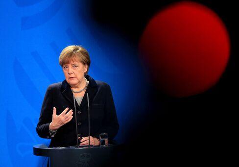 Germany's Chancellor Angela Merkel Meets Ukraine's President Petro Pororschenko And Saxony State Premier Stanislaw Tillich