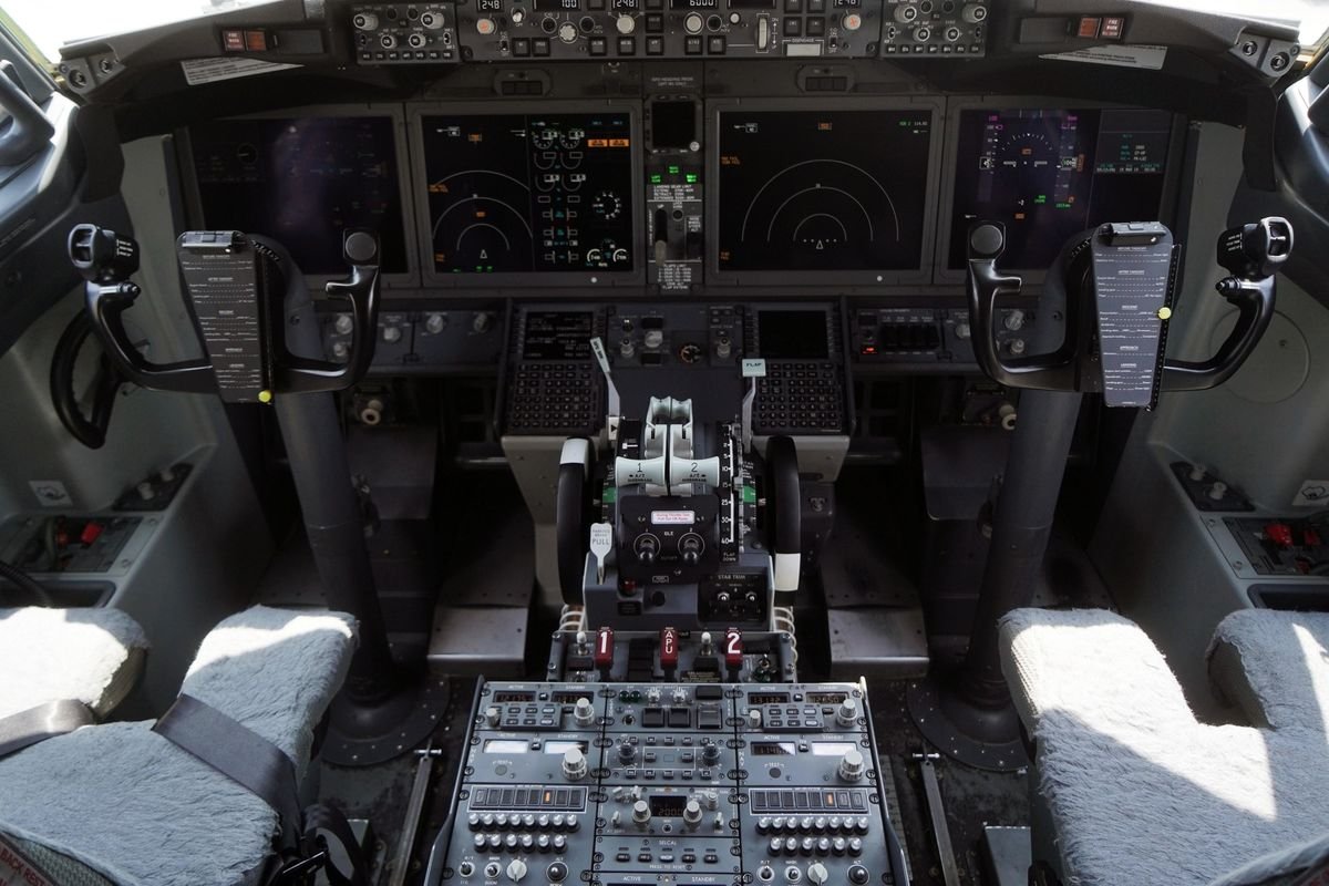 Canada, Disregarding FAA, Insists on Simulator Training for 737