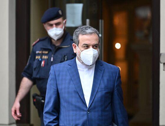 Iran Nuclear Talks Resume as Powers Inch Toward Deal Revival