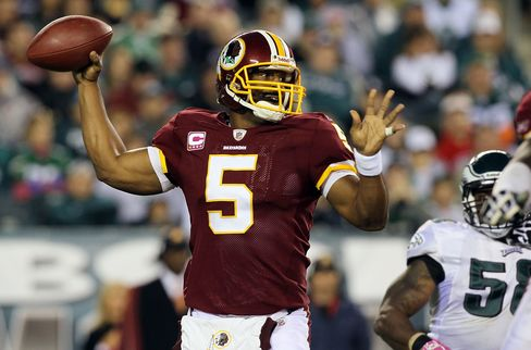 Donovan McNabb #5 of the Washington Redskins