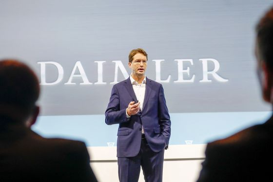 Daimler Steps Up Profit Push After Breakup Plan Boosts Shares