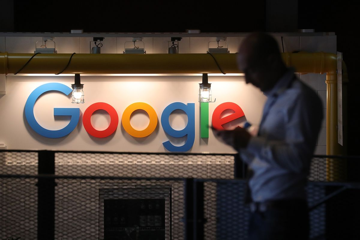 Swiss Google Employees Defy Managers, Stage Labor Event
