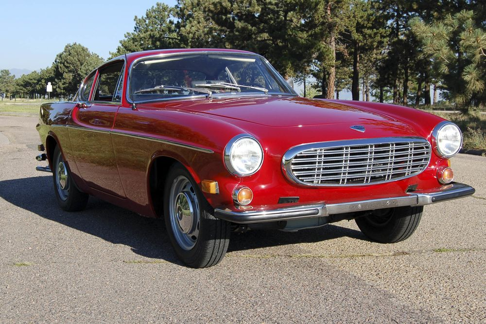 Buy A Vintage Volvo P1800 For Style And Substance Bloomberg