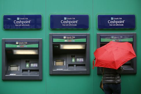 U.K. Banks As Employment Cut To Nine Year Low
