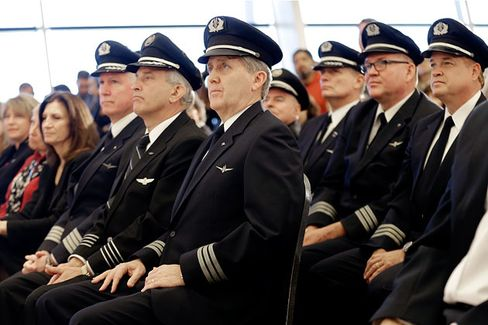 A New American Airlines Hits the Market. Will Pilots Keep Their Shares?