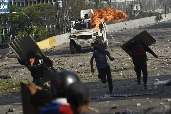 Venezuela's Failed Uprising: How a Deal to Oust Maduro Unraveled