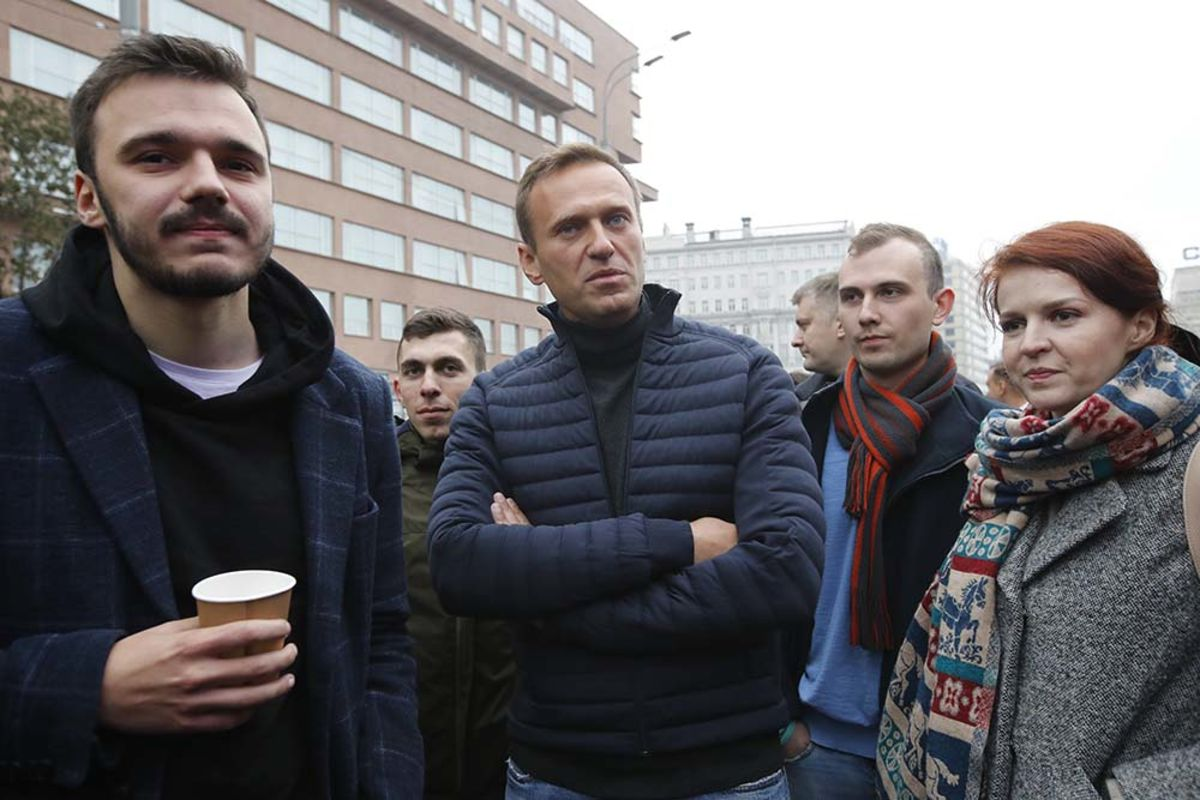 Alexey Navalny's Sloppy Poisoning Turned Angela Merkel Against Vladimir Putin – Bloomberg