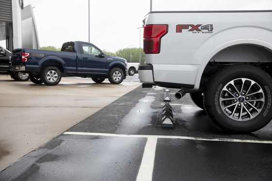 Biden Pushes EV Plans With a Sneak Peek at Battery-Powered F-150